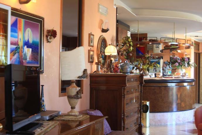 Bar con vista mare a Rodi Garganico Puglia