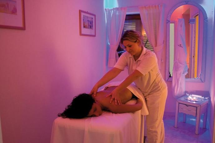 Massaggi rilassanti all'hotel di Ischia