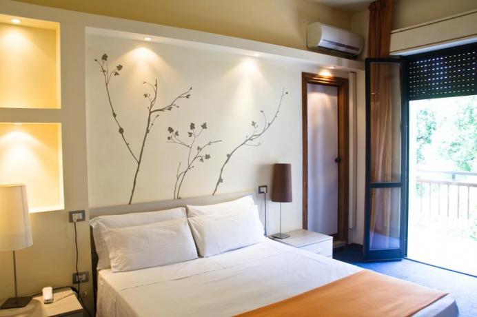 Hotel ad Assisi con ampia camera matrimoniale