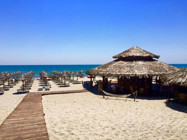 Villaggio con Spiaggia con MiniClub a Bernalda-Matera