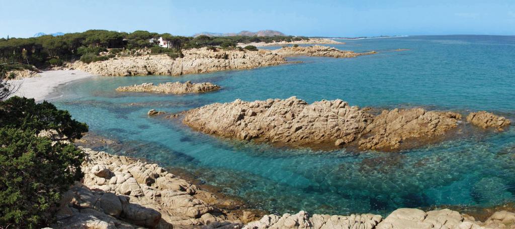 Spiaggia di Cala Liberotto con mare cristallino