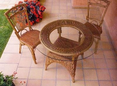 Tavoli e sedie da giardino in vimini Mobili Vimini e Bambu Artigianali ...