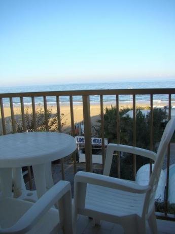 Hotel*** a Silvi, camere con terrazza fronte mare