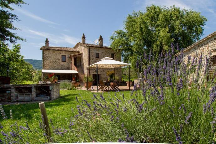 Relais con appartamento per famiglie Umbria