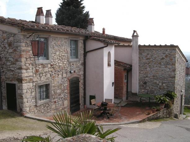 A Calenzano vicino Sesto Fiorentino relais stile rustico