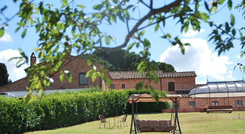 Resort con ampio parco verde