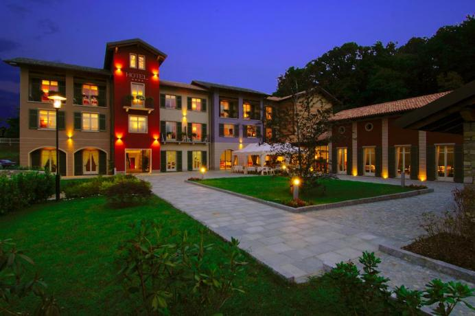 Vacanze ideale famiglie ad Armeno Hotel4Stelle