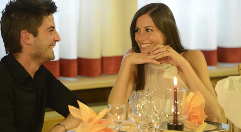 Sala ristorante in Hotel romantico a Folgaria