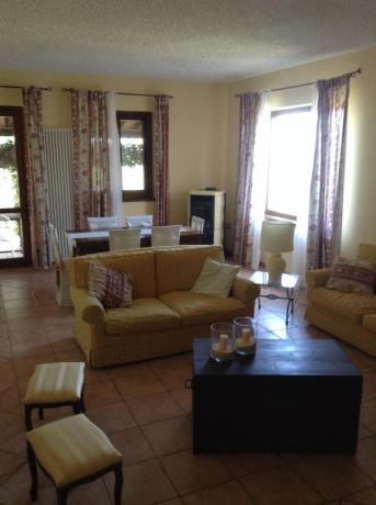 Soggiorno casale vicino Todi ideale per famiglie