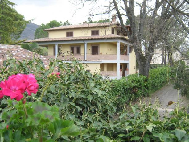 camere colazione a pochi passi da Assisi Centro