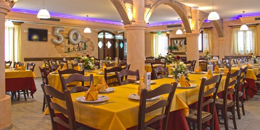 Hotel con Camere e Ristorante Alba Adriatica