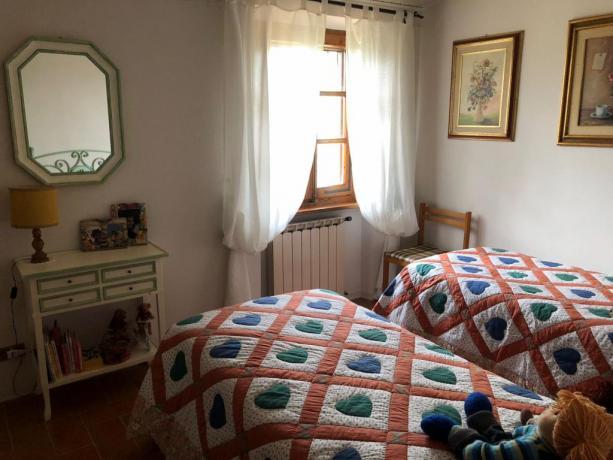 Camera doppia, villa vacanze, Umbria e Toscana