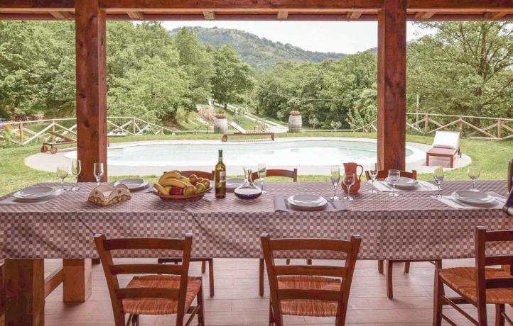 Casa vacanze San Lupo con ristoro all'aperto