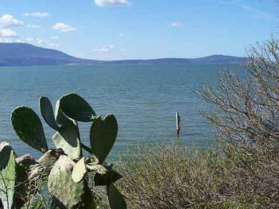 Last Minute Accommodations near the Varano Lake