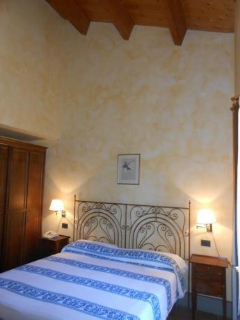 Camera matrimoniale, appartamenti, vacanza vicino Assisi