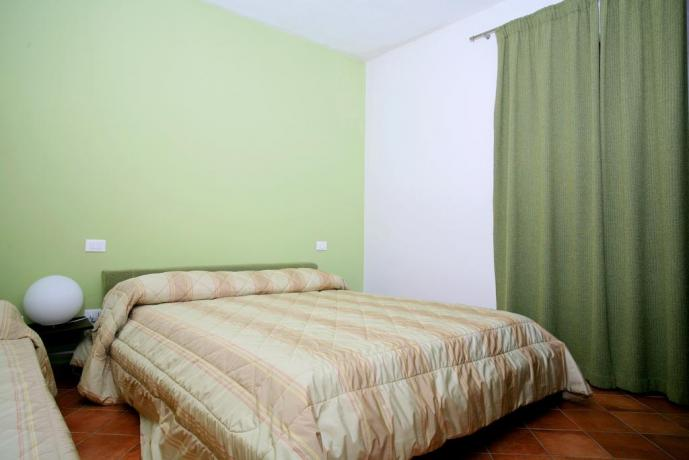 Green bedroom in Vecciano