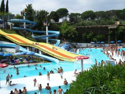 Vsit the Hydromania Water Amusementpark in Rome