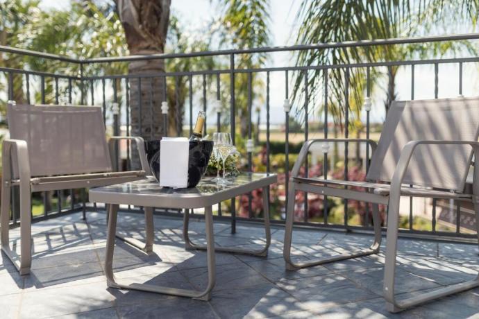 Suite con terrazza hotel 4stelle Battipaglia-Salerno