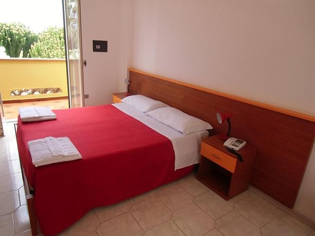 Camere per coppie e famiglie climatizzate e confortevoli