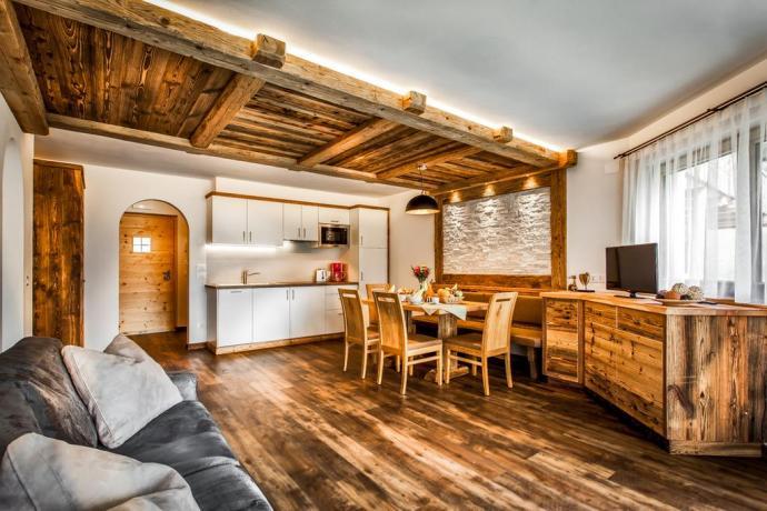 Appartamenti con ampio soggiorno e cucina a S.Vigilio