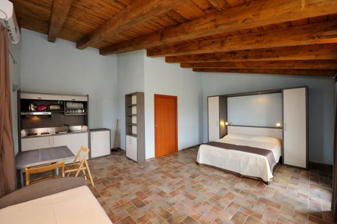 Appartamento monolocale zona Piscina agriturismo Bevagna