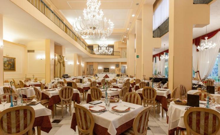 sala ristorante in Hotel Albano Terme