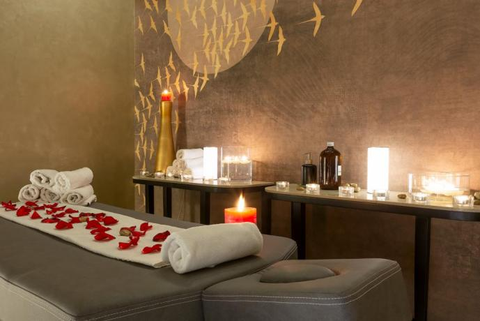 Centro Benessere con Massaggi