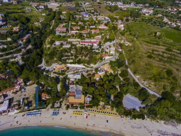 Villaggio Vacanze a Capo Vaticano, in Calabria