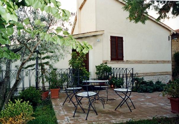 affitto camere con giardino privato