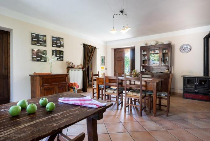 Cucina: Casale tra Umbria e Marche in Autogestione