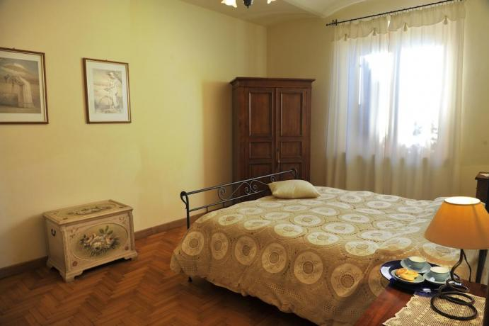 Camera Appartamento Il Pino a Castiglione del Lago