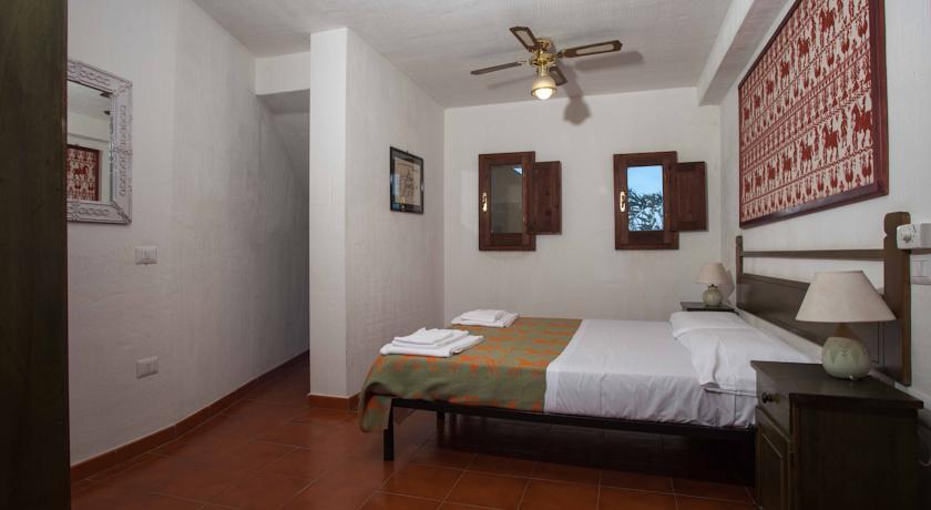 Camera con un letto piano Trilocale 1 Classic