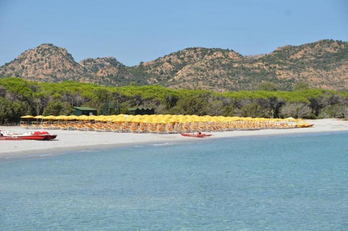 Resort a Orosei con SPA e Spiaggia Privata
