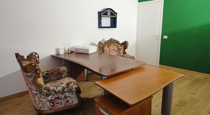 Affittacamere a prezzi bassi con Reception Pavia