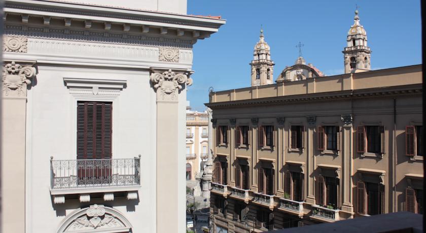 Una delle vie principali di Palermo