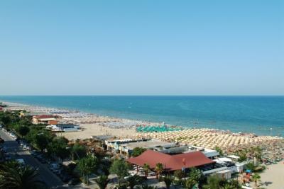 hotel-villaggi-pensioni-alba-adriatica