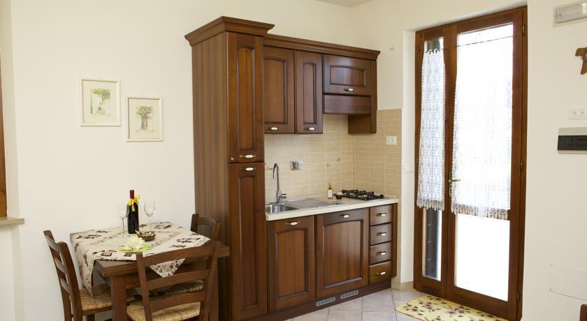 Cucina attrezzata Appartamento I Girasoli