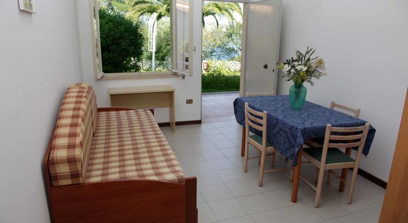 Hotel con piscina e palestra a Tropea