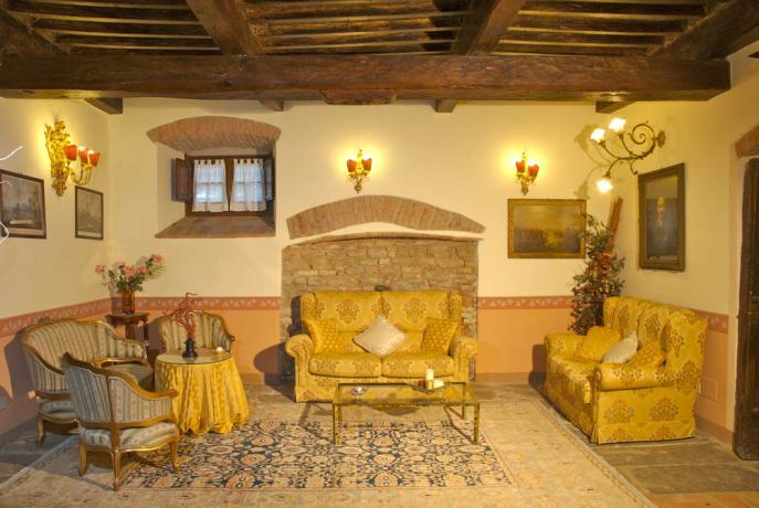 Villa Cortona con soggiorno ampio