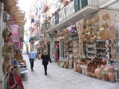 Hotel-prices in Bari