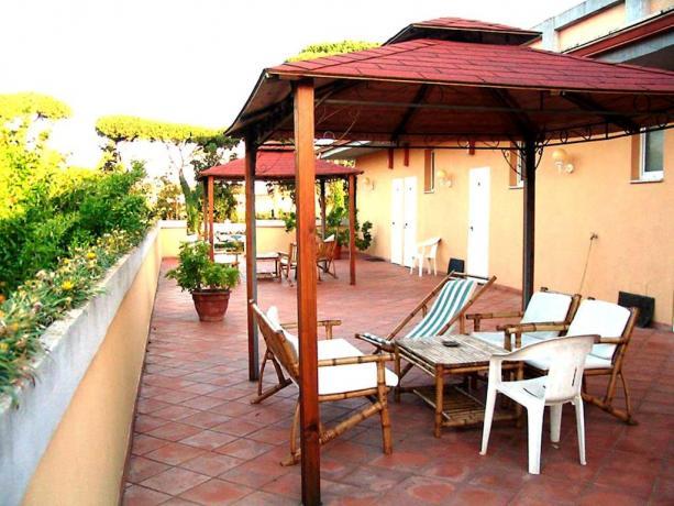 camere patio esterno gazebo hotel3stelle Anzio