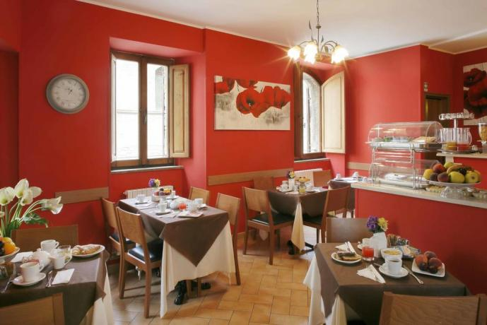 Hotel con bar, sala per colazione ad Assisi