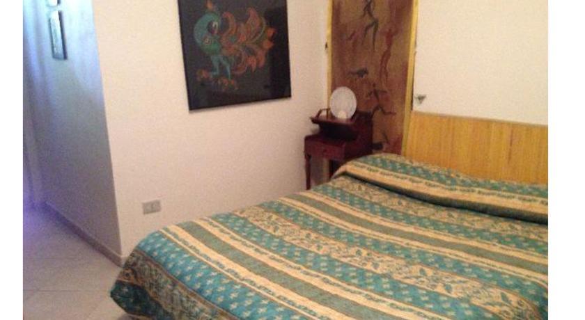 camera casa vacanze umbria Terni letto 1