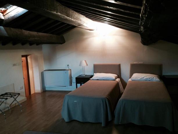 Camera doppia con aria condizionata a Foligno