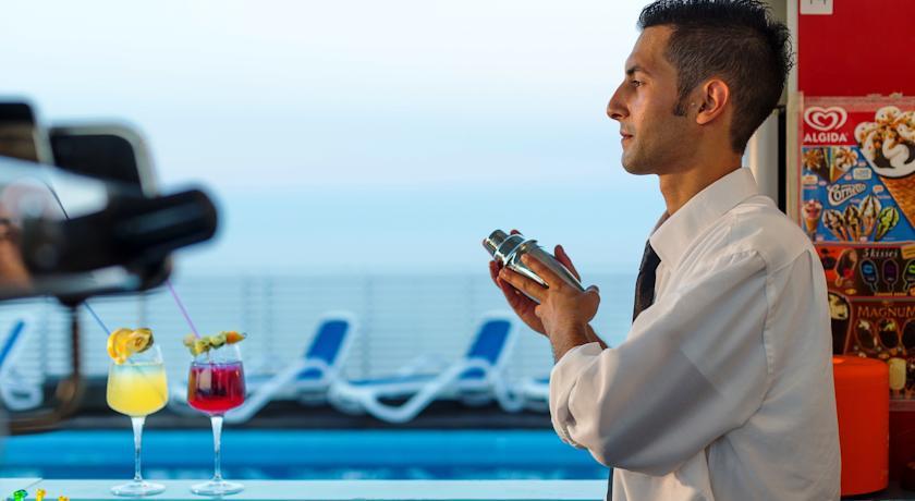 Angolo Bar e Relax sulla terrazza panoramica