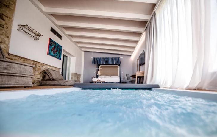 Resort con Suite con Vasca-Idromassaggio per Coppie-Trapani