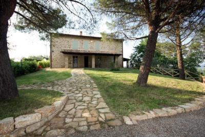 villa la centro dell'Umbria, posizione ideale
