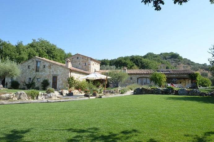 Resort in Villa Privata immerso nel verde