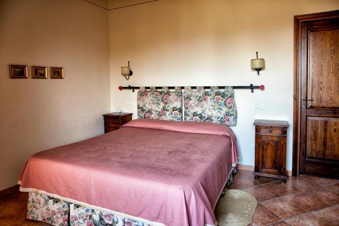 Camera matrimoniale in appartamento vacanza Bettona