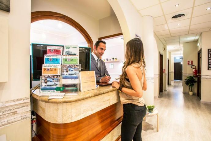 romacentro-piazzadispagna-hotel3stelle-cuorediroma
